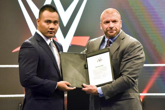 bin_wang_wwe_contract_deal.jpg