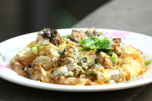 oyster omelet taiwan.jpg